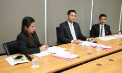 ประธานสภาคณาจารย์และพนักงาน ร่วมเป็นคณะกรรมการพิจารณาทุนเพื่อการศึกษา (12 ก.ย. 62)